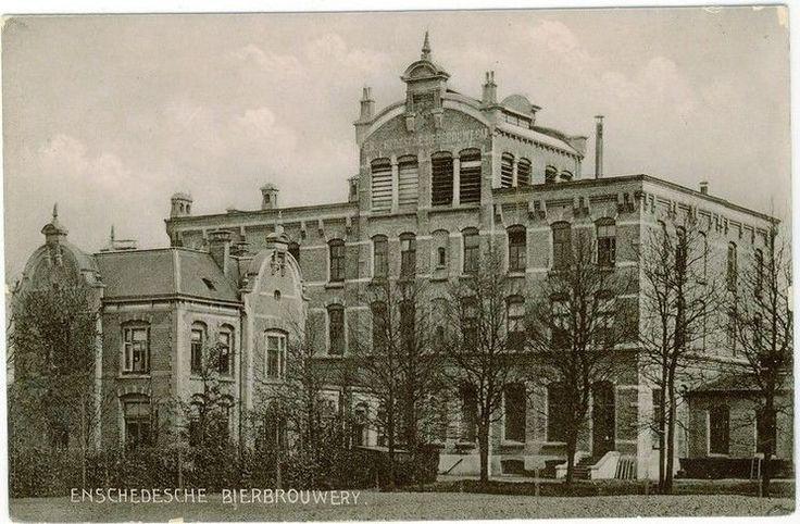 Enschede (1906) Roomweg met de Bierbrouwerij van Grolsch.