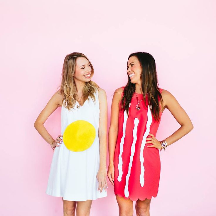 You're BACON me crazy! Our Halloween addiction might be getting out of hand. Here we have bacon + eggs! The perfect bestie costume. Guess how easy this is to make... all you need is a cute dress and some felt!