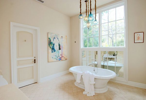 Amazing bathroom in Dennis Quaid's house