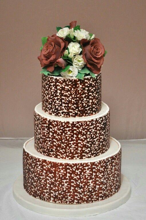 """Свадебный торт """"Шоколадные розы"""""""