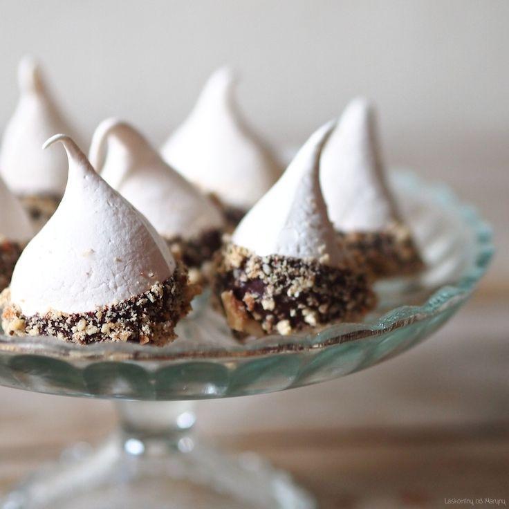 Laskominy od Maryny: Pusinky s ořechy a čokoládou