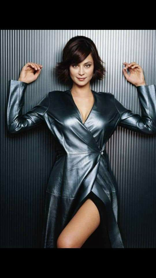 Catherine Bell Dam Sexy In 2019 Catherine Bell