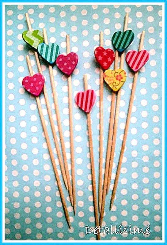 Palillos de cozarón con diferentes estampados (15 centímetros).Ideales para brochetas dulces y saladas. Adornos de cupcakes.....aperitivos. Mesas dulces.. pedidos: detallisime@yahoo.es