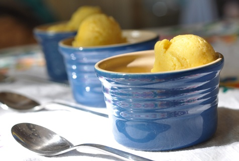 Mango Sorbet via madcap cupcake | #vegan & gluten-free: Madcap Cupcakes, Cupcakes Rosa-Choqu