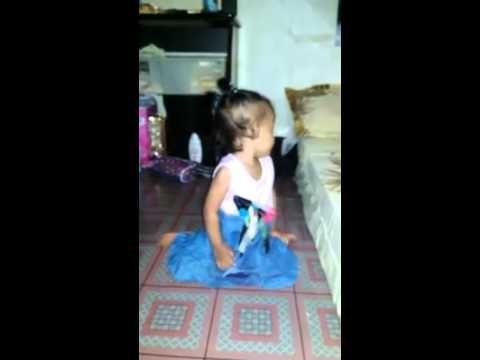 Bayi Lucu Lagi Belajar Sholat (Anak Kecil Berumur 2 Tahun Sudah Pinter B...