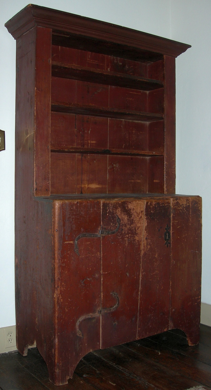 stepback cupboard.....a primitive piece that I would LOVE to have!