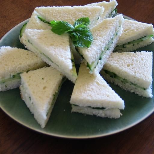 Cucumber-Watercress Sandwiches with Herb Butters | Earthbound Farm Organic