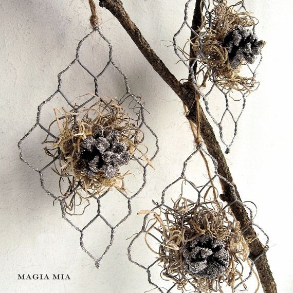 Magia Mia: Chicken Wire Spanish Moss Pinecone Silver German Glass Glitter Christmas Tree Ornaments