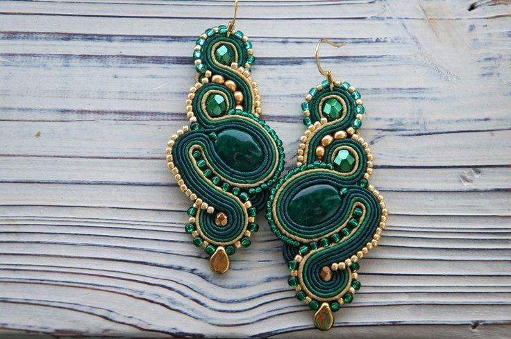 Chandeliers - Soutache Smaragdohrringe Geflecht - ein Designerstück von Cattaleya-sutasz bei DaWanda