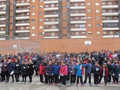 Un enero más, los alumnos del Colegio Esclavas del Sagrado Corazón de Jesús – Fundación Educativa ACI de Salamanca han celebrado la jornada escolar de la No Violencia y la Paz http://www.revcyl.com/web/index.php/educacion/item/8746-un-enero-mas-los-alu