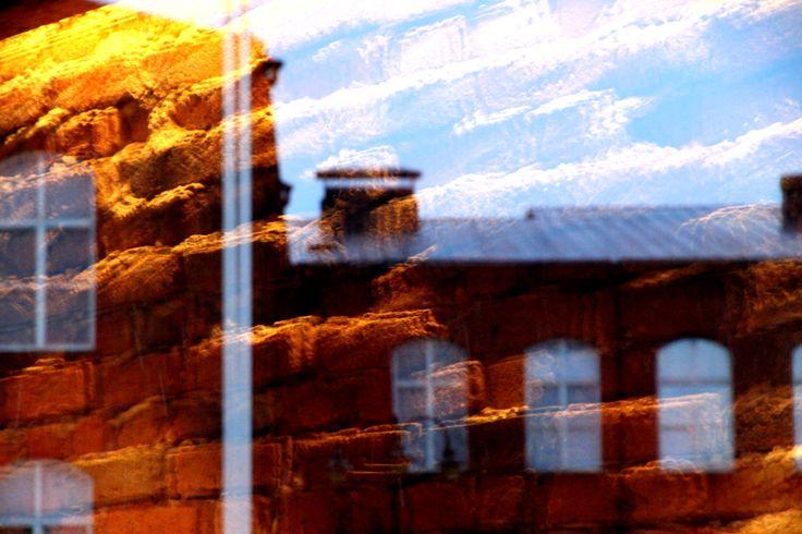 Taivasta, tiiltä ja Kehräämöä. http://www.rky.fi/read/asp/r_kohde_det.aspx?KOHDE_ID=1881