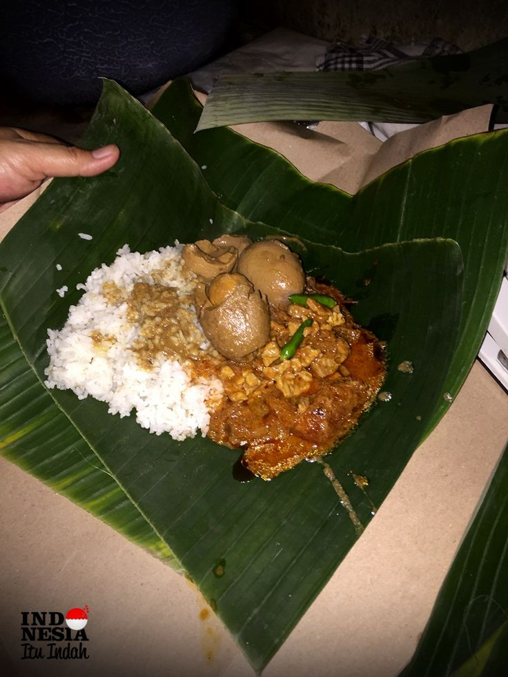 Menikmati Gudeg Pawon, Kuliner Legendaris dari Yogyakarta