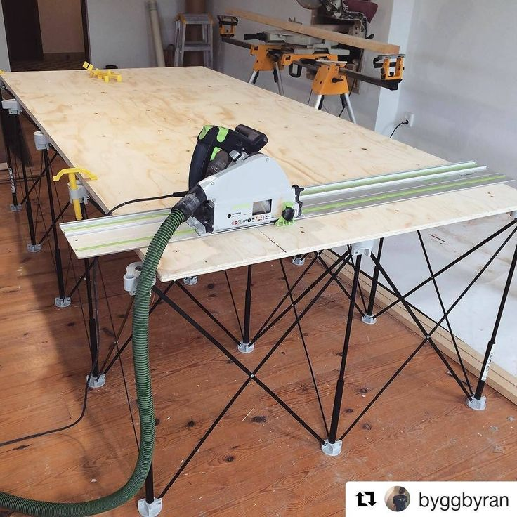 """Oversize #CentipedeSupport #tracksaw #stand on this #jobsite repost via @byggbyran:    Nya supersmidiga """"bordet"""" har kommit!  @kiwitools #bygga #snickra #plywood #centipedetool ・・・  (@get_repost)  #portable #workshop #workbench #temporary #woodshop #worktable #mobile #workstation #workspace #sawhorse #festool #carpentry #joinery #woodworking #contractor #construction #interiordesign #renovation #remodel #wood #toolsofthetrade #tools"""
