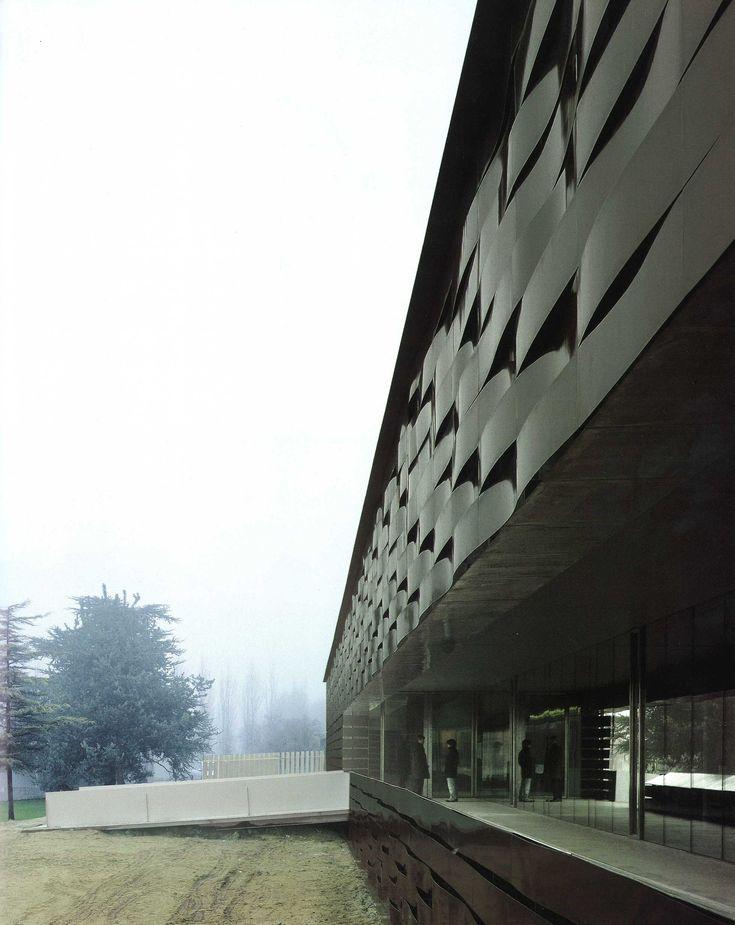 rcr arquitectes piscina cubierta manlleu