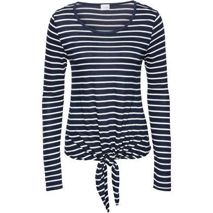 Wit-blauw gestreepte items geven altijd meteen dat marine gevoel. Gecombineerd met dit zomerse strikje ben jij klaar voor een tocht op zee: http://stylefru.it/s721282