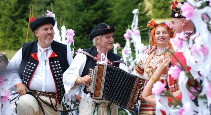 slovakia tours, Slovak folklore, folk music, folk dances Slovakia, travel like a local