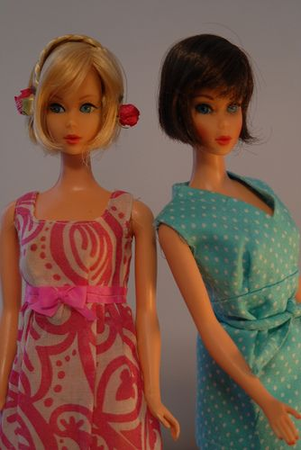 Hair Fair Barbie in (L) dress from the 1970 - 1973 Sears Exclusive Fashion Bouquet #1511