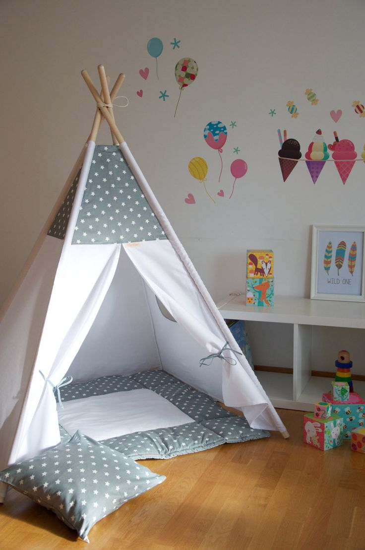 Gray stars kids teepee play tent with a padded floor mat by WigiWama on Etsy