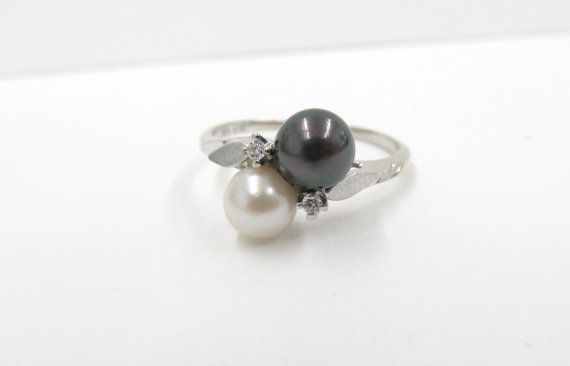 Vintage Pearl Ring Engagement Ring 10k by FergusonsFineJewelry, $400.00