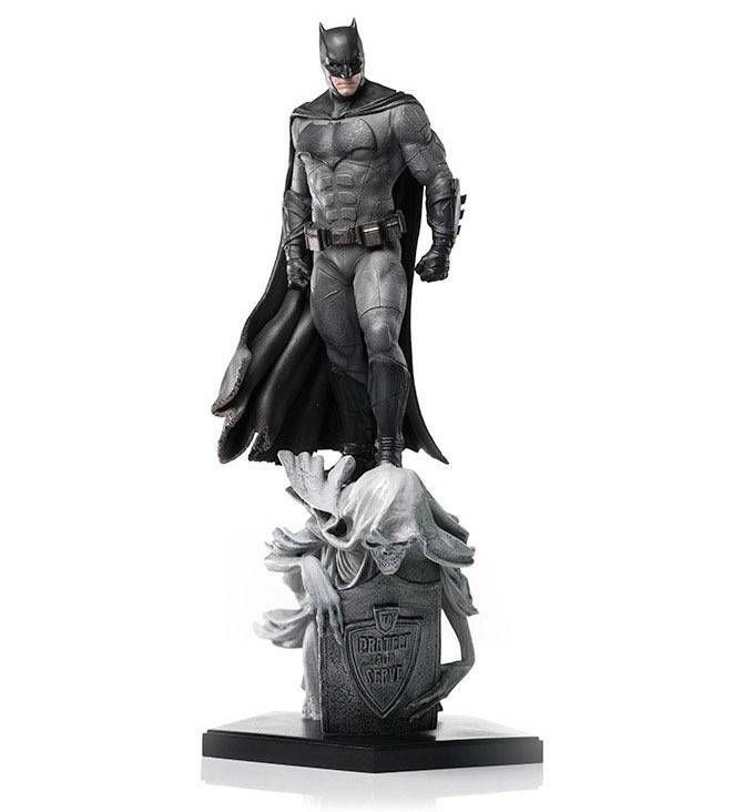 Justice League Deluxe Art Scale Statue 1/10 Batman Concept Store Exclusive 30 cm