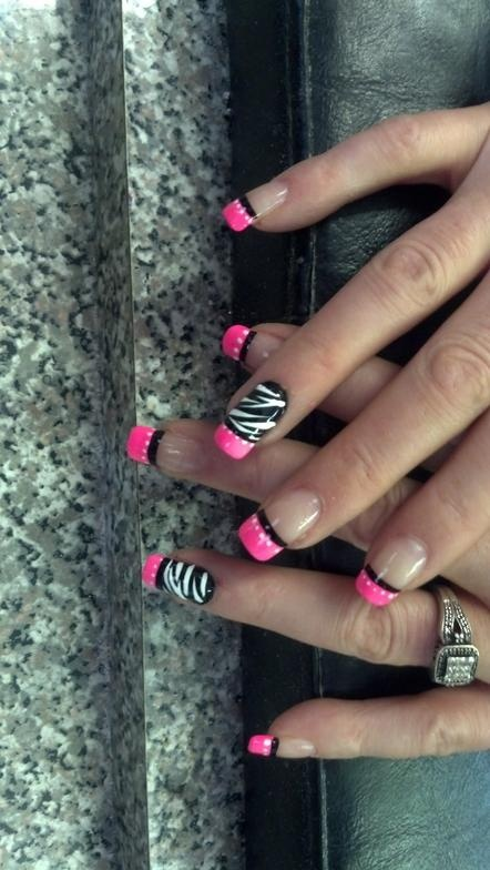 Wow! Zebra nail art.