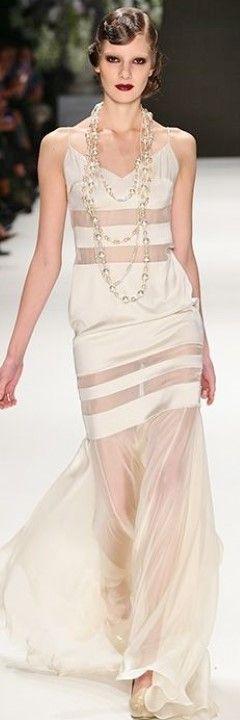 Tuvanam SS 2014. Mercedes-Benz Fashion Week Istanbul