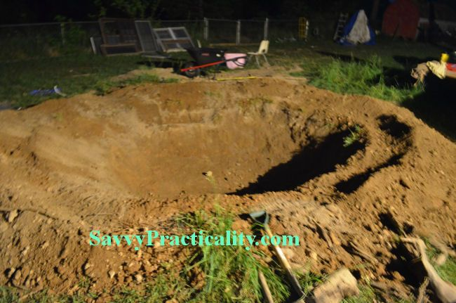 natural swimming pool project preparing the hole a site that actually describes the building. Black Bedroom Furniture Sets. Home Design Ideas