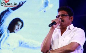 Madesh replaces K S Ravikumar for Kochadaiyaan! http://www.iluvcinema.in/tamil/madesh-replaces-k-s-ravikumar-kochadaiyaan/
