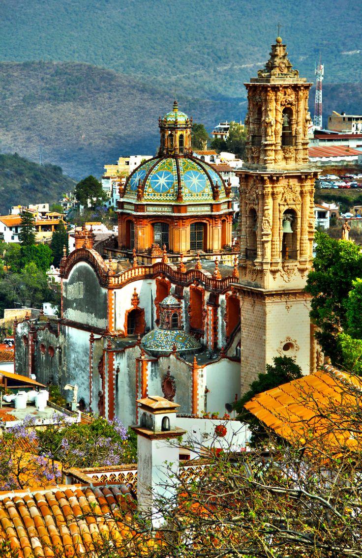 ...ESTO ES MÉXICO... UN PAÍS QUE ABRE LAS MANOS DE SU GENTE GENEROSA Y TRABAJADORA PARA DAR HOSPITALIDAD A TODO AQUEL QUE QUIERA VISITARLE...❤️ MIGUEL ÁNGEL GARCÍA.