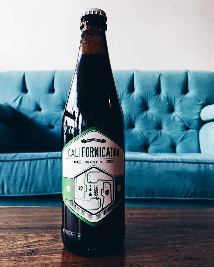 The 1st beer I ever had in Cape Town: @woodstockbrewery Californator - American IPA  The guys at Woodstock are always really welcoming and good for a chat. It's always a pleasure being there and quite honestly I should go there more often. I'm an IPA lover - a definite hop head - and this is one of my top three. Glorious.  Take a moment to appreciate the good things in life this weekend.  #goodfriday #beer #ipa #hophead #hops #craftbeer #capetown #instagood #vscogood #woodstock #brewery…
