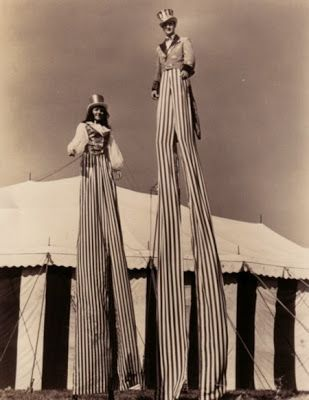 Circus | Carnival | Masquerade | Cabaret Photography at: http://www.pinterest.com/oddsouldesigns/the-secret-circus/ #vintage