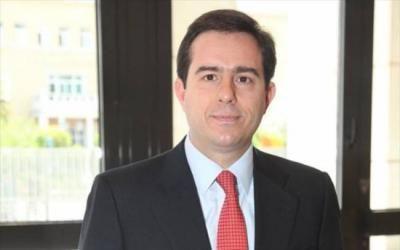 Deutsche Aeolia: Ο Νότης αναλαμβάνει να ξεμπλοκάρει μια ...ατυχήσασα επένδυση  (η επένδυση για την οποία είχε ενδιαφερθεί ο Τσίπρας στη Βουλή για να προχωρήσει αλλά ο τοπικός ΣΥΡΙΖΑ, ως συνήθως, την σαμποτάριζε...)