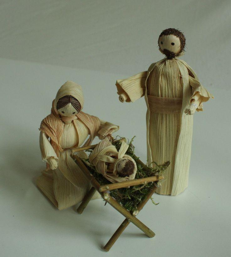 """""""Narodil se Kristus Pán..."""" - svatá rodina Interiérová dekorace svatá rodina - vánoční betlém v přírodních barvách volně stojící. Výška stojící figurky je 15 - 17 cm."""