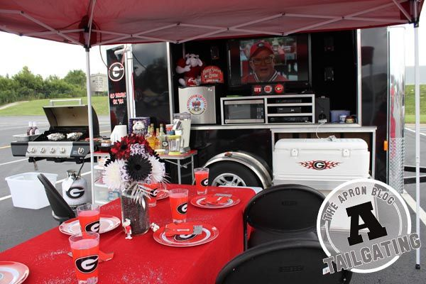 Having the right tailgating gear will take your party from Rookie to All-Star. Check out the essentials for an over-the-top set-up.