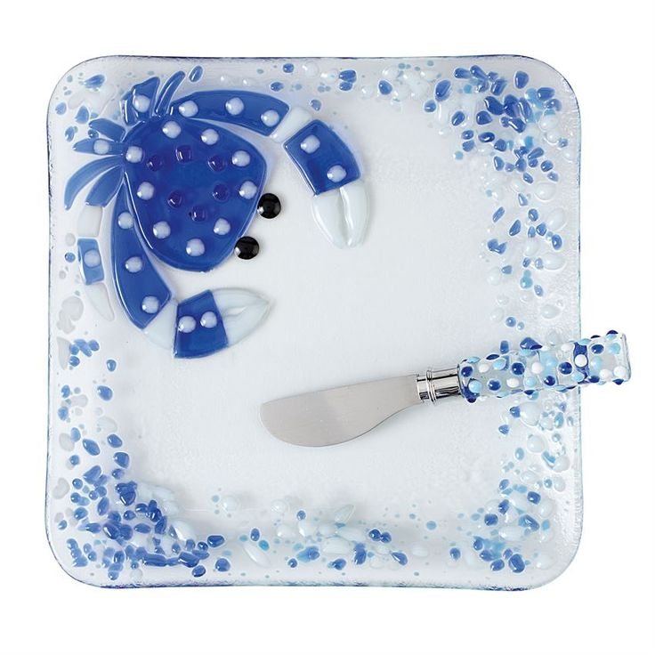 #MudPieGift 2-piece set. Clear textured glass plate with hand made fused glass crab icon comes with glass handle spreader with stainless steel blade.