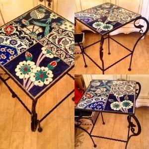 Iron table with my handpainted tiles / el boyama fayanslarımdan yapılan ferforje sehpa (Rüstem Paşa Camisinin çini panolarından bazı detayları çalıştım ) by emily