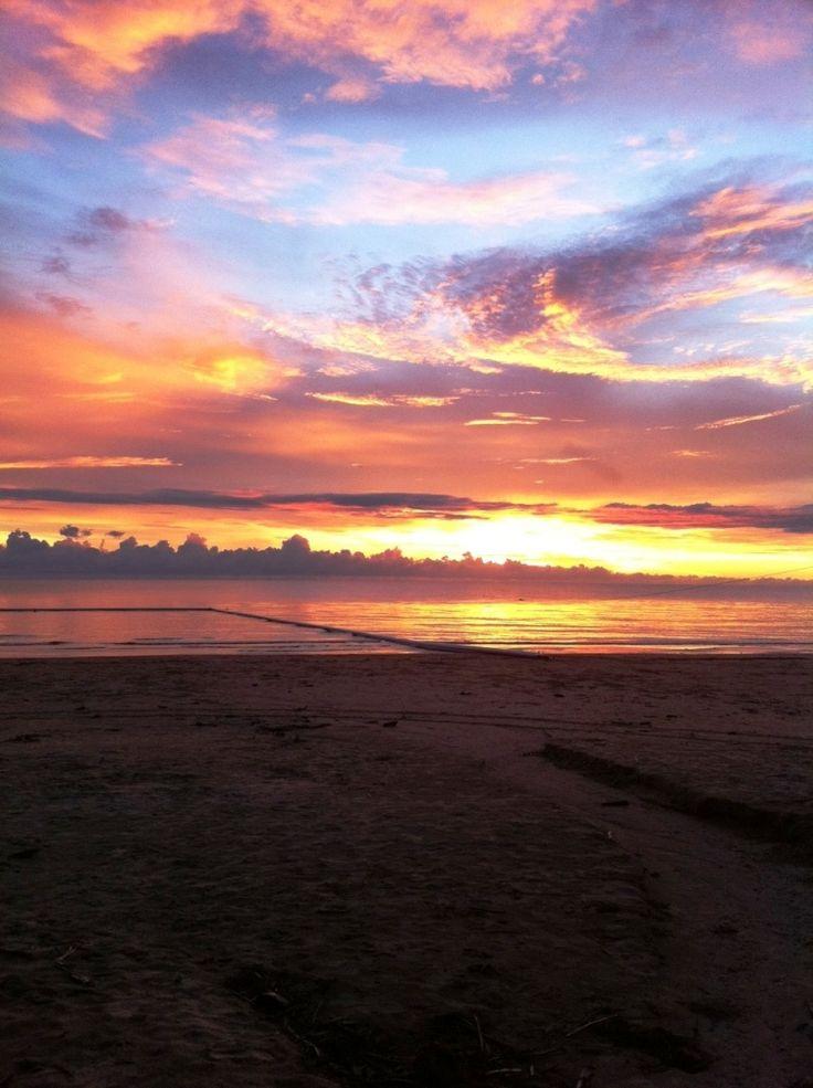 Four Mile Beach at sunrise, Port Douglas