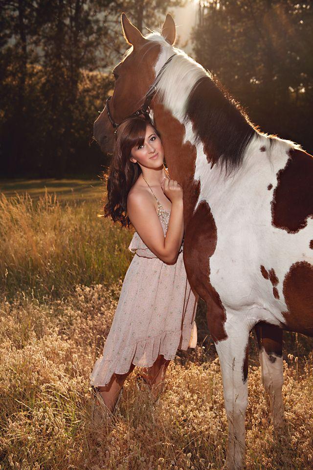 {Spokane Senior Portrait} ... Deff want my horse in my senior picture!!!