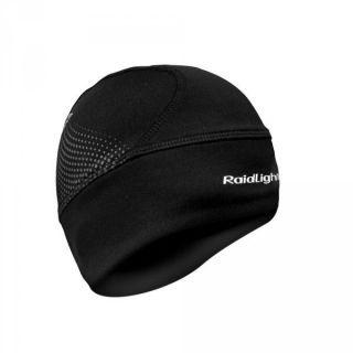 De Raidlight Wintertrail Muts is essentieel voor al uw uitstapjes in koud weer. Het beschermt je oren en hoofd tegen kou met behoud van een optimaal ademend vermogen. Zeer comfortabel om te dragen en zeer zacht. One Size All