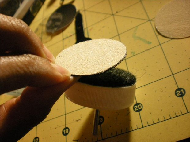 How to make a Dremel sander bit from a bottle cap