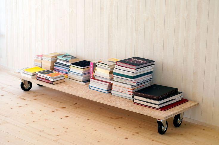 books.jpg (1000×665)