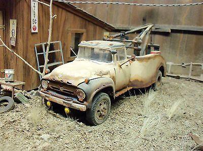 REVELL 1956 56 FORD TRUCK WRECKER JUNKYARD DIORAMA JUNK