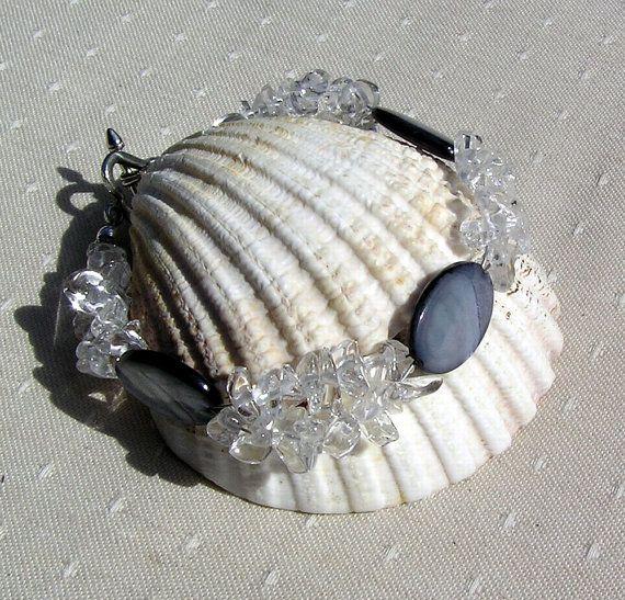 Crystal Gemstone Bracelet  Black Mother of Pearl by SunnyCrystals, £9.75 #jewelry #bracelet #quartz #shell #black #white #summer