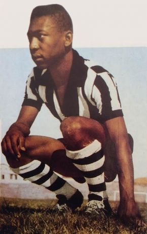 Pele makes his debut at 15 years of age with Brazil's Santos.