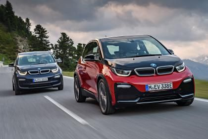 BMW i3s revealed alongside facelifted i3 EV : The facelifted BMW i3 has been officially unveiled ahead of its global debut at the Frankfurt Motor Show. Alongside the revised electric car BMW has also revealed a hotter i3s version capable of 0-62mph in less than seven seconds. While the standard car retains the current i3s 168bhp electric motor the i3s is tuned to deliver 181bhp and an extra 20Nm of torque. As with any electric car those figures are available from standstill allowing the…