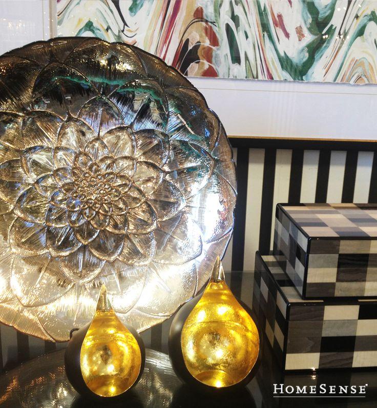 Fill your home with unique accent décor that speaks to you and only you this fall. #ideas #living #room / Cet automne, faites-vous plaisir en décorant à votre image. #idées #salon  Enter Contest: http://www.homesense.ca/en/pinterest-contest.asp  Participer: http://www.homesense.ca/fr/pinterest-contest.asp  #HomeSenseStyle