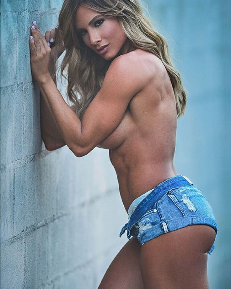 Caption this Tag some friends Model @paigehathaway . #health #fitness #fit #TagsForLikes #TFLers #fitnessmodel #fitnessaddict #fitspo #workout #bodybuilding #cardio #gym #train #training #photooftheday #health #healthy #instahealth #healthychoices #acti