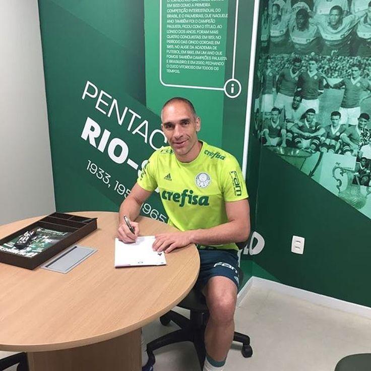 Fernando Prass renova contrato com o Palmeiras (Foto: Reprodução/Instagram)