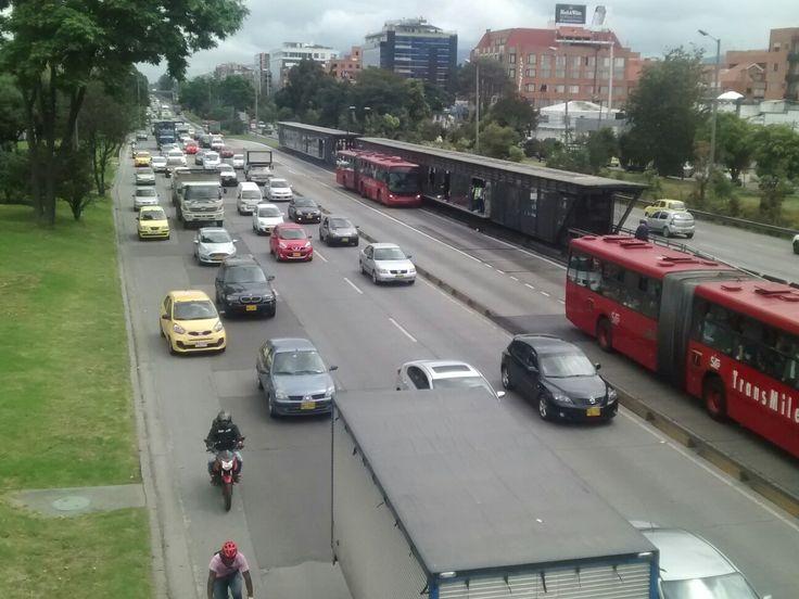 Movilidad en la Autopista Norte en Bogotá.