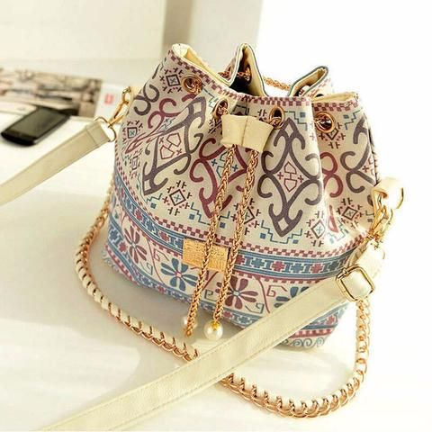 Vintage Women's Chain Bag Handbag Shoulder.